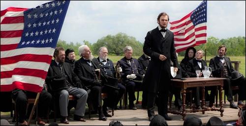 ▲뱀파이어 헌터 주연 영화 '링컨'의 게티스버그 연설 장면.