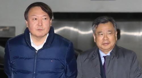 ▲ 윤석열 신임 서울중앙지검장(왼쪽)과 박영수 특검(오른쪽)