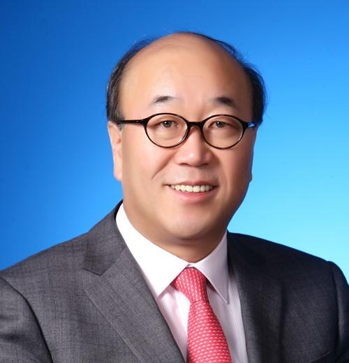 사진_EY한영 권승화 회장.JPG