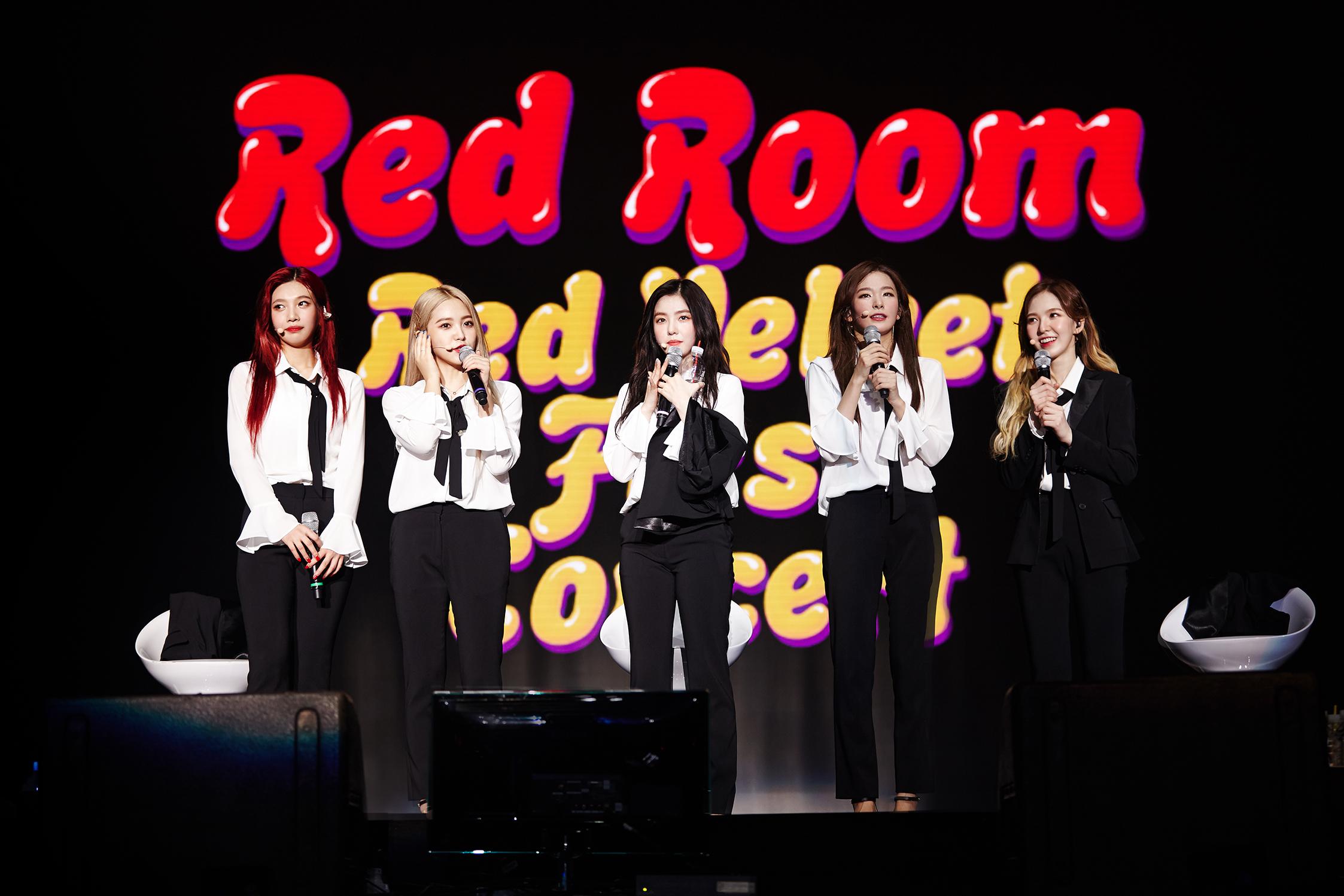 ▲ 레드벨벳 콘서트 '레드 룸(Red Room)' 공연 사진(사진=SM엔터테인먼트 제공)