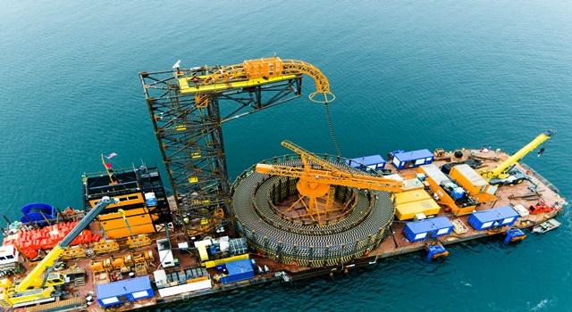▲ 미국 해상풍력발전단지 해저케이블 설치 작업 전경./LS전선