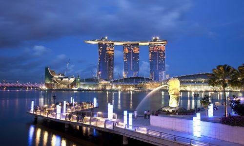 ▲ 쌍용건설이 시공한 싱가포르의 대표 랜드마크 '마리나 베이 샌즈 호텔' 전경
