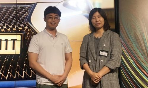 ▲ 김인숙 유니티코리아 대표(오른쪽)와 최동훈 기자.