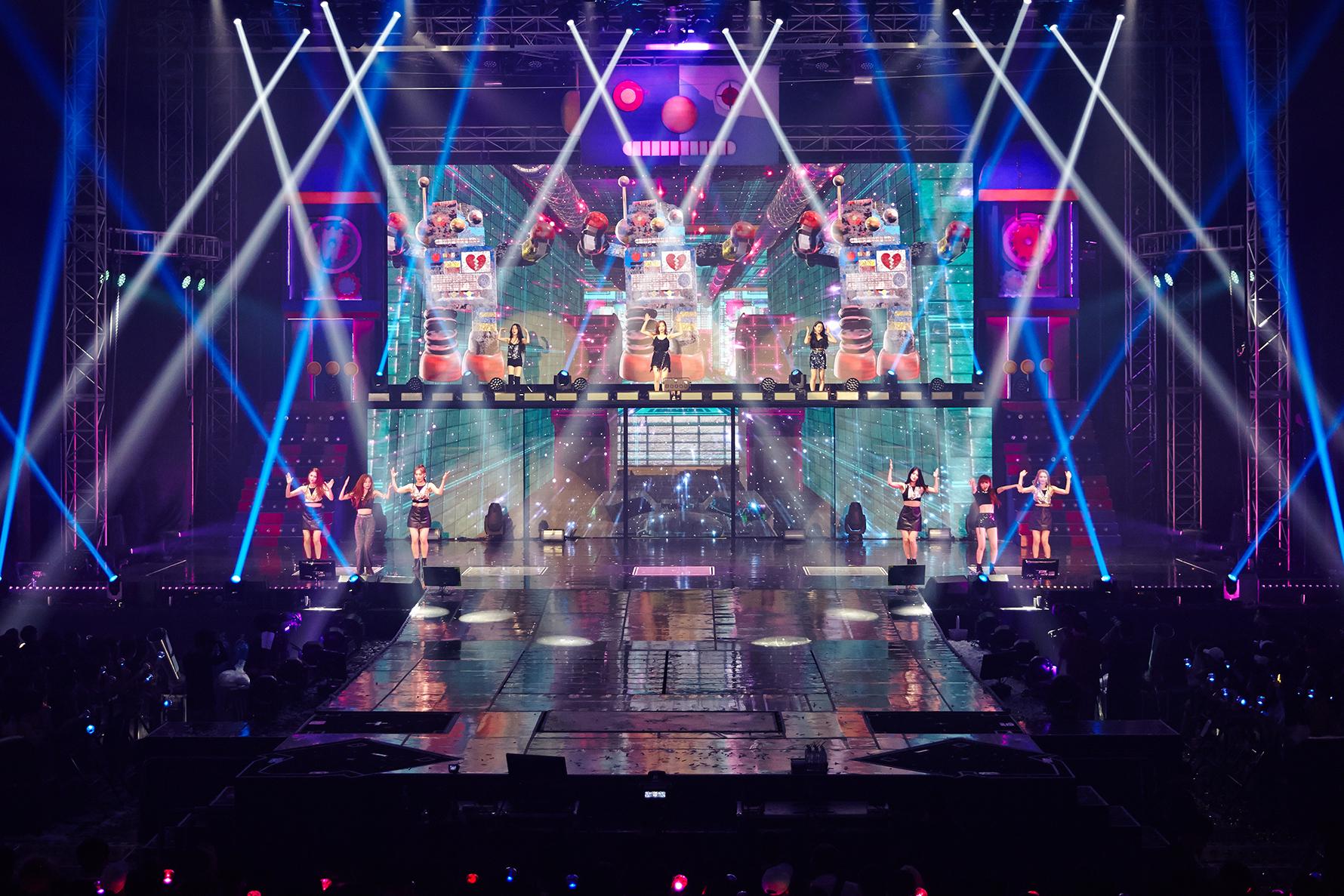 레드벨벳 두 번째 단독 콘서트 이미지 6.jpg