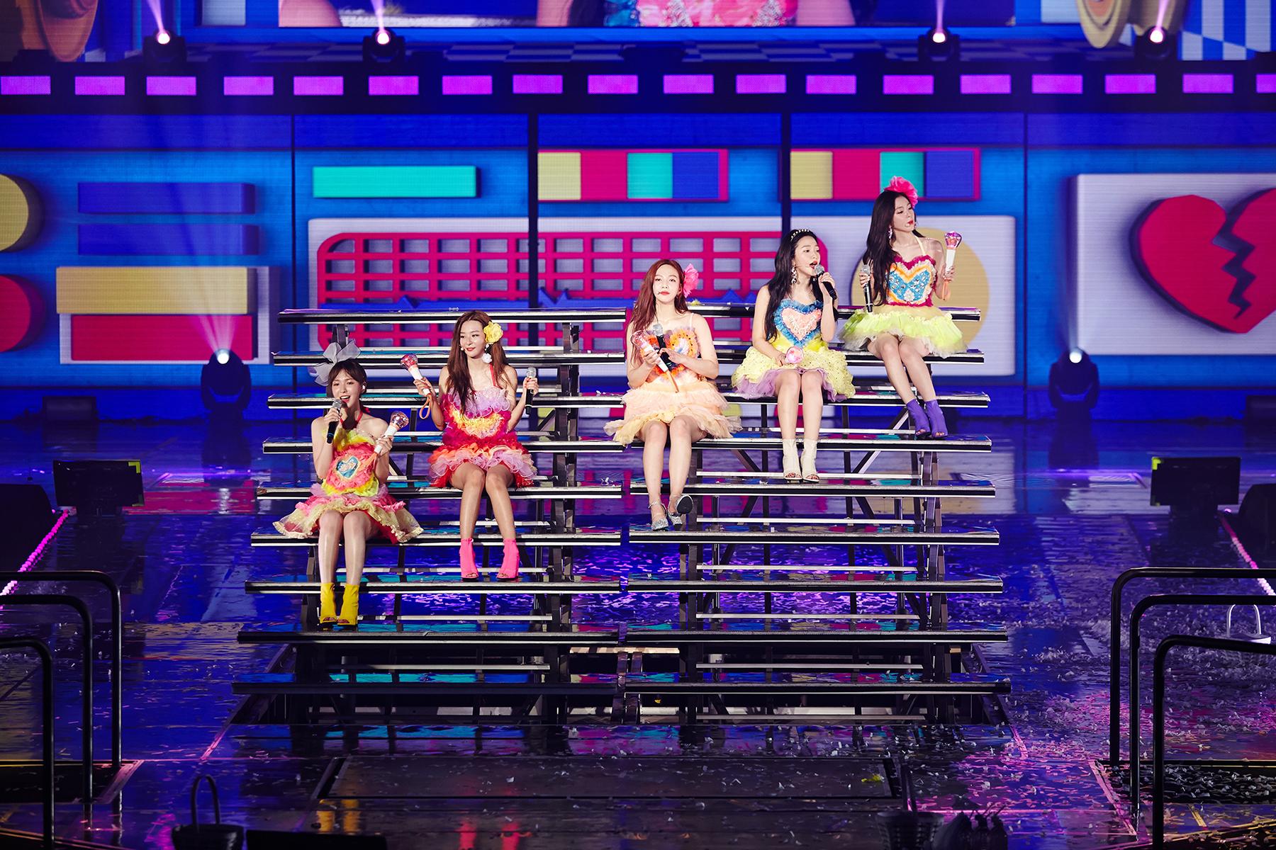 레드벨벳 두 번째 단독 콘서트 이미지 2.jpg