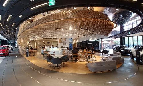 ▲ 비트360 내 3개 공간 중 하나인 카페. 모듈 디자인이 비트360의 정체성을 강조한다.