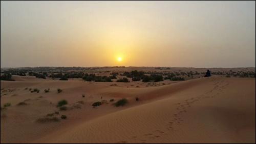 ▲ 석양이 매혹적인 아라비아반도 사막의 시간