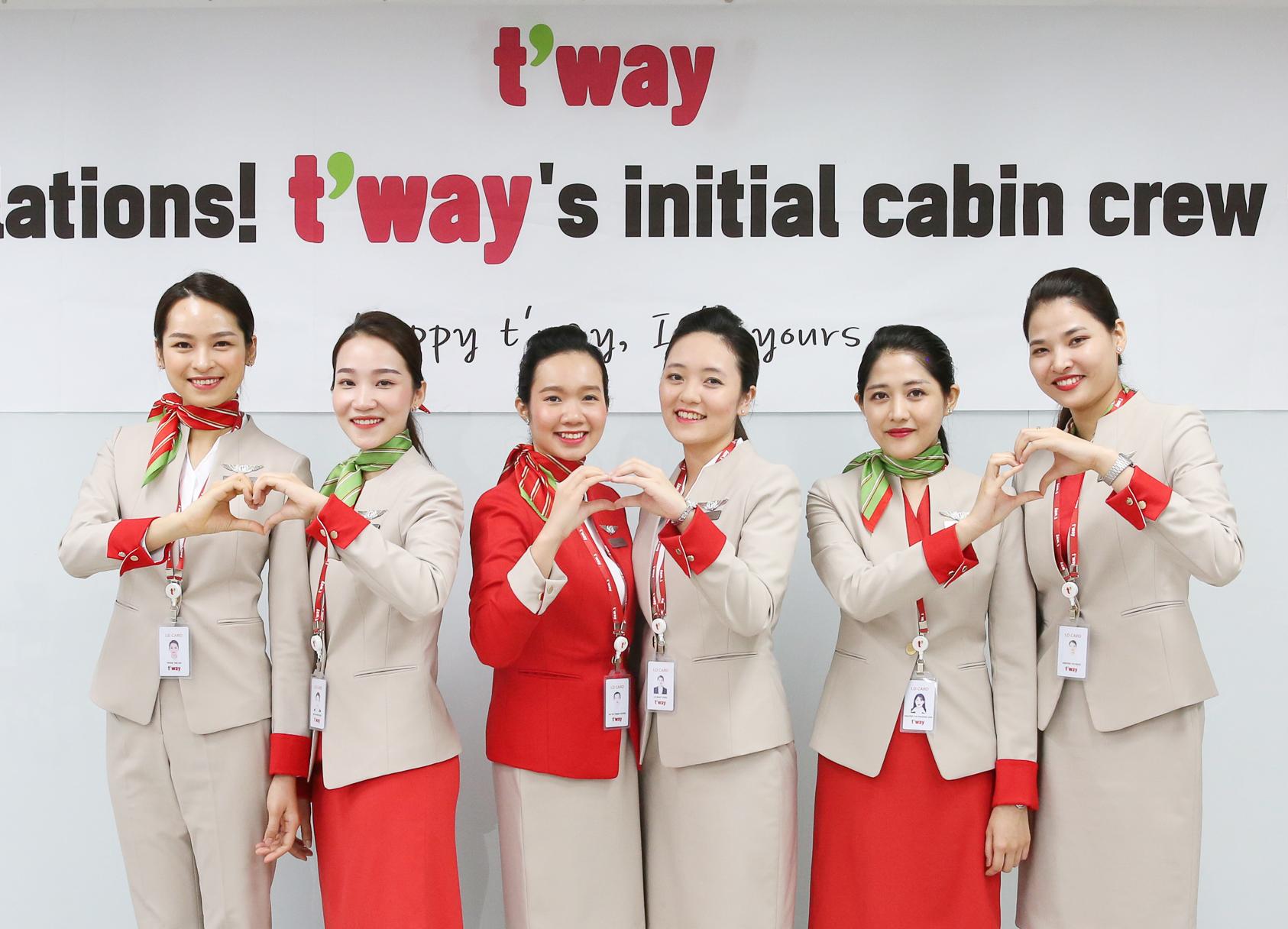 ▲ 티웨이항공 베트남 신입 객실승무원
