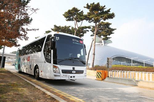 [KT사진자료 1] KT 자율주행 버스1.jpg