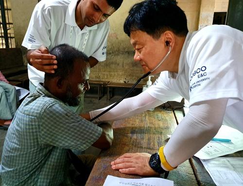 사진1) 방글라데시 마타바리 의료봉사.jpg