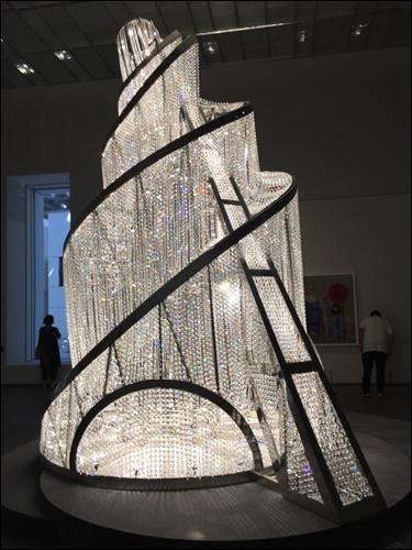 ▲ 아이웨이웨이의 설치 작품 '빛의 우물'