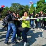 이경섭 NH농협은행장, 외국인 농업근로자와 친선 체육대회