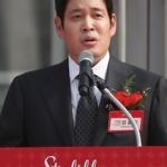 """정용진 신세계 부회장 """"日 대형마트 위기 남의 일 아냐"""""""