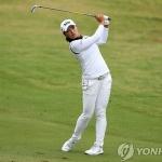 고진영, LPGA 데뷔전서 우승…역대 두 번째