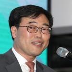 '외유성 출장 논란' 김기식 금감원장, 검찰 조사받나