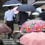 [오늘날씨] 비 내리고 천둥∙번개, 낮 기온 다소 떨어져