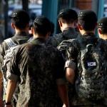 국방부, 병사 평일외출 13개 부대서 시범운용