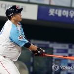 롯데 이대호, KBO리그 2호 '5년 연속 100타점' 달성