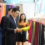 조현준 효성 회장, 중국 전시회 직접 참가…최신 섬유시장 트렌드 점검