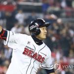 '최주환 타임' 두산, SK '7-3' 꺾고 1승 1패 균형