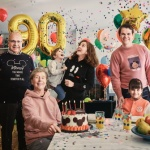 유니클로, 미키마우스 90주년 기념 컬렉션 출시