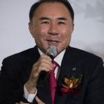 경찰, BBQ 본사 압수수색…윤홍근 회장 횡령의혹 수사