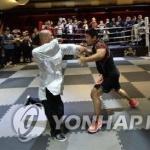 수난의 중국 무술…격투기 강사에 코뼈 깨지고 TKO패