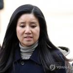 """박소연 케어 대표 경찰 출석…""""일부 동물 안락사는 불가피"""""""