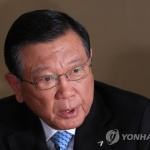"""박삼구 회장 용퇴…""""그간 혼란 책임지겠다"""""""