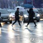 [내일 날씨] 전국 흐린 가운데 소나기...폭염 지속
