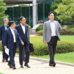 이재용 부회장, 일본 규제 속 현장점검…온양·천안 사업장 방문