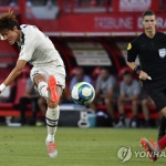 황의조, 리그앙 '마수걸이 골' 터졌다…권창훈도 독일 데뷔 5분 만에 '골'