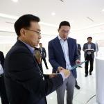 구광모 LG 대표, 대전 LG화학 기술연구원 방문