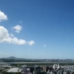 [내일날씨] 중부지방 맑고 '더워'…남부지방 곳곳 '비'