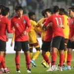 '김신욱 4골 폭발' 대한민국, 스리랑카 8-0 대파