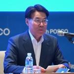 """최정우 포스코 회장 """"소재간 협업으로 새로운 사업 기회 확보해야"""""""