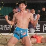 모래판 최강자 가리는 '천하장사 씨름대회' 개막