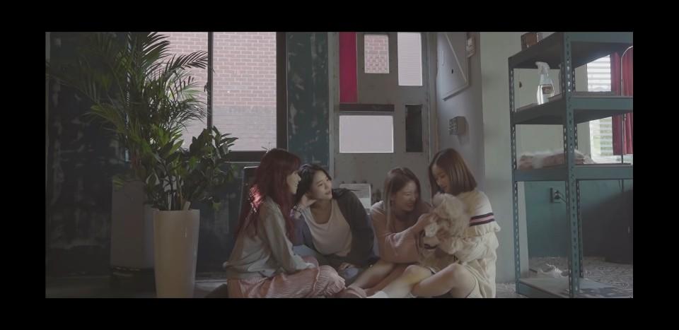 [영상] 걸그룹 마틸다, 신곡 '가을과 겨울사이' 히트 예감…4인 4색 가창력 '뽐내'